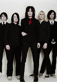 Medlemmene i bandet er mellom 24 og 25 år, og de anføres av låtskriver og vokalist Kristofer Östergren. Foto: Virgin.