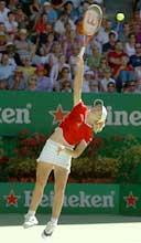 Justine Henin-Hardenne servet til slutt hjem kampen.