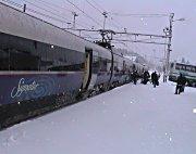 Togene stanset og gjorde vendereis på Ål stasjon i dag. Foto: Gunnar Grimstveit.