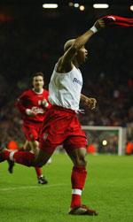 Diouf kunne juble for tt mål og en målgivende mot Bolton.