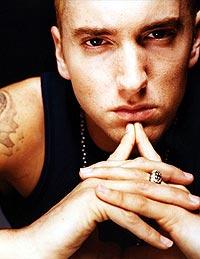 """Eminem vokste opp blant de amerikanske """"trailer parks"""" og falleferdige hus, som """"white trash"""". Foto: Promo."""