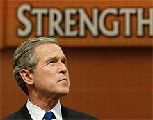 Bush venter på FNs avgjørelse. (Foto: Reuters / Kevin Lamarque)