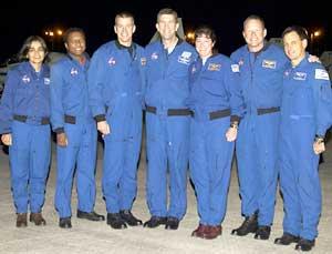 Mannskapet fra venstre: Kalpana Chawla, Michael Anderson, William McCool, Rick Husband, Laurel Clark, David Brown og Ilan Ramon. (Foto: NASA)