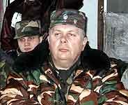 FSB-oberst Iljà Sjabàlkin med livvakter. Alle bilder: Hans-Wilhelm Steinfeld.