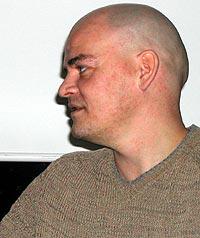 Nils Heldal mener platebransjen straffer kundene sine. Foto: Jørn Gjersøe.