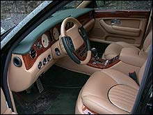 Slik ser interiøret i en Bentley ut