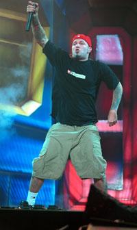 Fred Durst og Limp Bizkit på Meadowlands Arena i New Jersey i oktober 2000. Foto: Getty Images