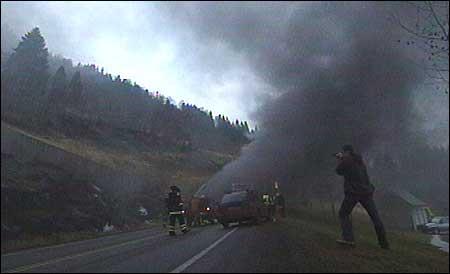 Frå ein brann inne i Naustdalstunnelen. Arkivfoto NRK