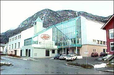 Lerum overtok den store fabrikken etter Drægni på Hermansverk. (Foto: NRK)
