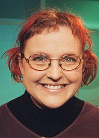 Barnetimeboka fyller 50 år. Gro Dahle fyrer av startskuddet for 2003-utgaven i Lørdagsbarnetimen i NRK P1/P2 lørdag. (Foto: NRK/Ole Kaland)