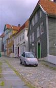 Think køyrer gjennom gamle Bergen.
