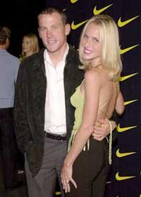 Lance Armstrong og konen Kristin er separert, men prøver å finne tilbake til hverandre. (Foto: Chris Weeks/Liasion)
