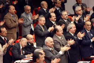 Tyrkias største opposisjonsparti er sterke mostandere av krig. Her i nasjonalforsamlingen i dag. (Foto: Reuters)