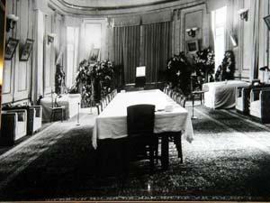 I dette rommet på sitt landsted ble Stalin liggende i et døgn uten at noen turde å gå inn til diktatoren.