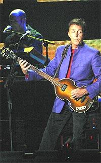 Turnéen Paul McCartney er i Europa med nå startet i USA. Fredag kveld får vi være med. Foto: Junko Kimura / Getty Images.