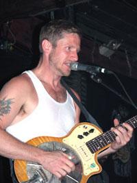 Guy Forsyth er en av Austins egne helter, og han spiller under festivalen, samt på Lillehammer i april. Foto: Per Ole Hagen