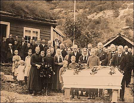 (Kjelde © Fylkesarkivet i Sogn og Fjordane. Fotograf: Ole P. Fosse.)