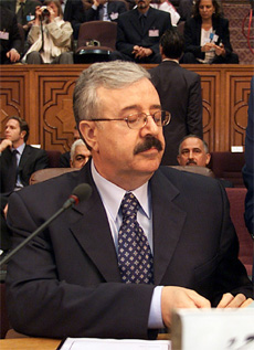 Iraks utanriksminister Naji Sabri avviser det britiske utspelet. (Reuters-foto)