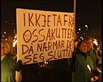 Store demonstrasjonar sist sjukehuset i Eid var truga. (Arkiv NRK)