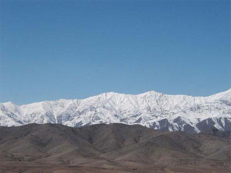 Afghanistans mektige grensefjell mot Pakistan.