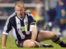 Newcastle må håpe på en skadefri Alan Shearer. (Foto: REUTERS/Ian Hodgson)