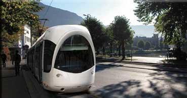 Slik kan bybanene se ut når den stopper i Kaigaten. Bildet er manipulert. Dette er en Citadis-vogn fra Lyon, Frankrike.