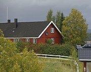 Det var på denne gården utenfor Steinkjer drapet skjedde.