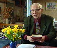 Herbjørn Sørebø skrev en rekke bøker (foto: NRK)