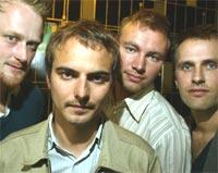 Salvatore er blant andre (fra venstre): Ola Fløttum (gitar), Karim Sayed (trommer), Jon Selvig (xylofon / elektronikk) og Bjarne Larsen (bass). Foto: Terje Bendiksby / SCANPIX.