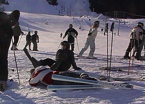 Det ble mye knall og fall da asylsøkere i Modum og Sigdal gikk på ski på Norefjell.