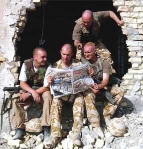 KRITIKK: Britiske soldater må tåle kraftig kritikk i en ny rapport fra Amnesty International. Den hevder britene har tatt en rekke sivile liv uten grunn, og at de ikke administrerer sitt område godt nok. (Foto: Reuters/Tony Nicoletti)