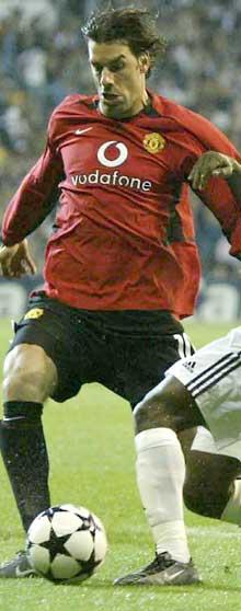 Ruud van Nistelrooy i spann med Wayne Rooney, kan Manchester United få et av Eurpoas beste spiss-par. (Foto: Scanpix)