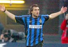 Christian Vieri sitter trolig på benken for Inter.(Foto: REUTERS/Stefano Rellandini)