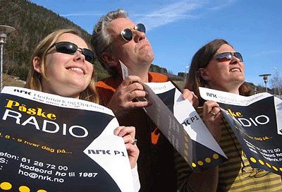 NRK P1 - godt selskap også i påska. Serviceradio for påsketuristene i Hedmark og Oppland byr Tone Merete Tho, Elin Mogstad og Ivar Ødegaard på.