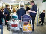 Nordmenn drar ikke bare over grensen for å handle mat. Det er blitt så populært å kjøpe seg sommerbolig i Sverige at Strömstad kommune vil innføre boplikt.