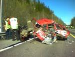 En person omkom, en er alvorlig skadet etter en ulykke på E-18 i dag tidlig.