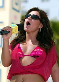 Kelly sang under MTVs vårslipp på Miami Beach i mars. Foto: Getty
