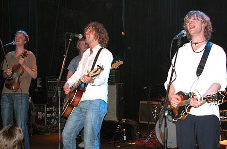 Stor spilleglede og god stemning da Real Ones spilte på Ole Blues fredag 25. april. Foto: Per Ole Hagen