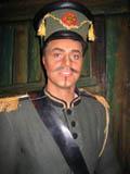 Lillehamringen Olav Veierød er med i en mindre solistrolle som Morales