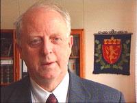 Fylkesmann Svein Alsaker kan fire på kravene for å hjelpe Bergen kommune.