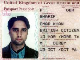 Passbilde av Omar Kahn Sharif, som israelsk politi fortsatt jakter på (Reuters)