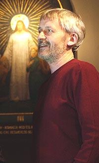 Erik Hillestad ser ikke særlig lyst på framtida. Foto: Erlend Aas, Scanpix.