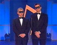 Jon Almaas fikk pris for beste mannlige programleder og Nytt på nytt fikk pris for beste underholdningsprogram. Foto: TV 2.