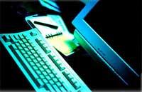 En ny dataorm kan ligge på lur, advarer antivirus-selskapene.