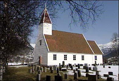 Ålhus kyrkje. (Foto: Randi Indrebø, NRK)