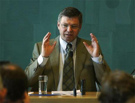 Statsminister Kjell Magne Bondevik har lagt frem et kontrontasjonsbudsjett, mener NRKs politiske kommentator Bente Engesland. (Foto: Morten Holm, Scanpix)