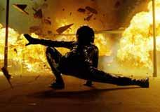 """Filmer med mange eksplosjoner er ikke noe for gamle karer, mener Pål Bang-Hansen. Bilder er fra """" Matrix Reloaded""""."""
