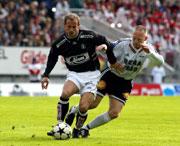 Rune Buer Johansen i 16. mai-kamp for Sogndal mot RBK på Lerkendal i 2003. Fredrik Winsnes th.
