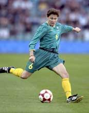 Anissa Tann i aksjon mot Brasil under OL i Sydney. (Foto: Robert Cianflone/ALLSPORT)