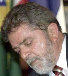 Brasils president Lula har liten sans for fotball-streiken. (foto: REUTERS/Jamil Bittar)